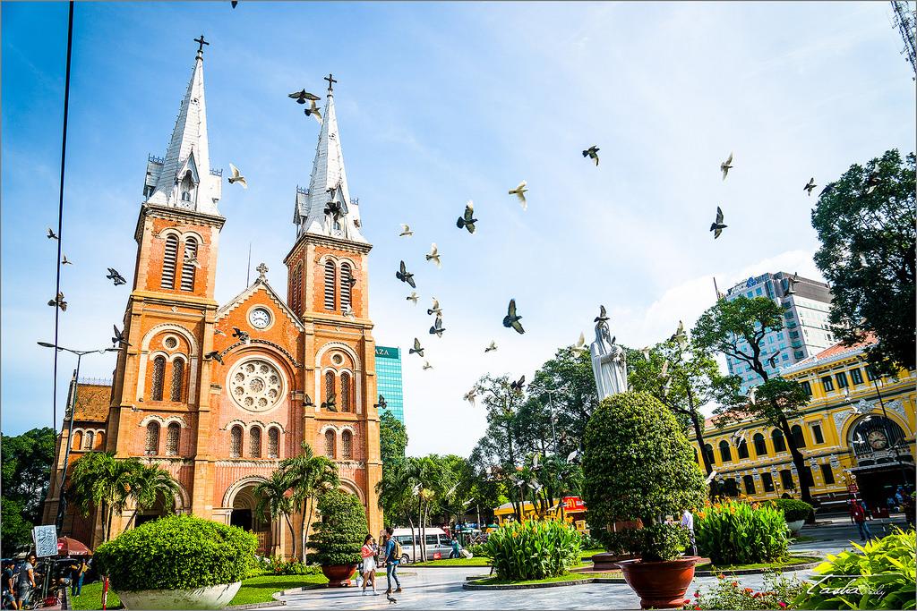 胡志明自由行︱西貢王公聖母教堂~紅教堂.法國殖民的記錄回憶