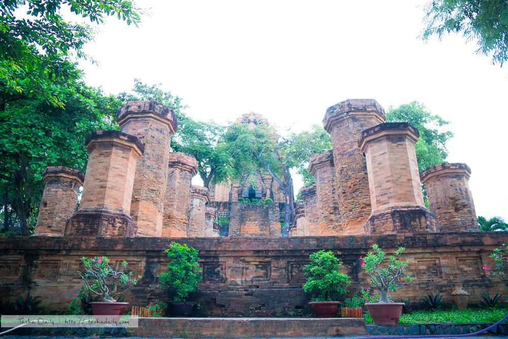 芽莊自由行︱芽莊婆那加塔 Tháp Bà Ponagar.刻劃在石頭上的歷史印記