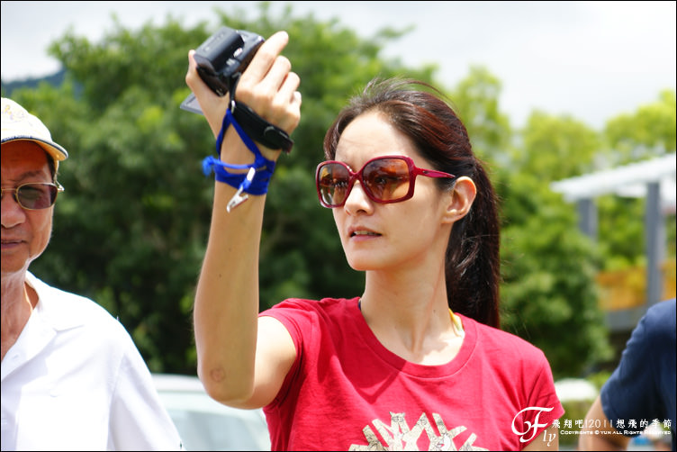 旅行︱台東.2011想飛的季節@鹿野高台~飛行傘Janet篇